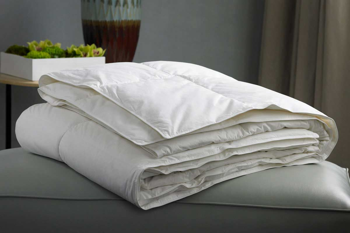 comfort pillow the xlrg luxury comforter product down d carlton ritz sheets bedding shop linens hotel rtz